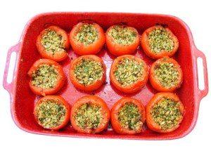 mit Spinat gefüllte Paprika