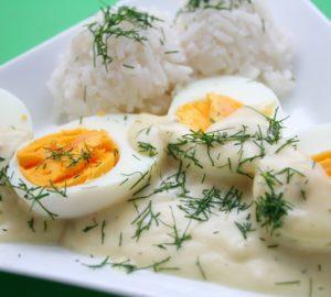 Senfeier mit Reis