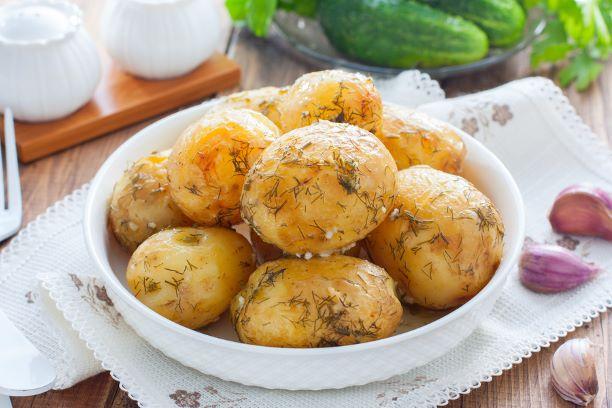 Ofenkartoffeln mit Dill