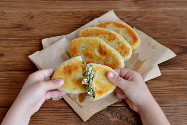 Quarktaschen mit Hüttenkäse gefüllt