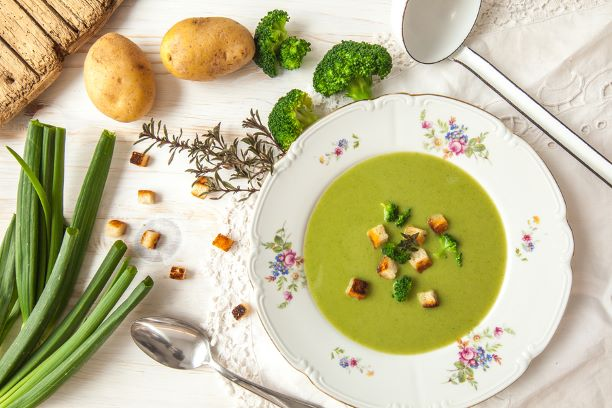 Brokkoli Cremesuppe mit Kartoffeln
