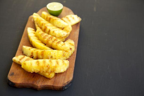 Gegrillte Ananasscheiben