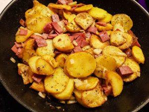 Klassisches Bauernfrühstück