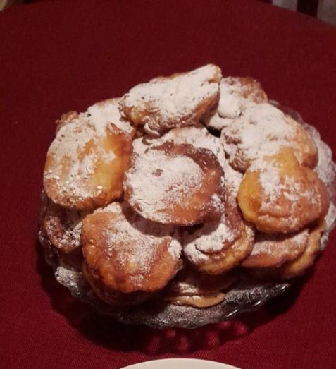 Omas altbewährtes Apfelpfannkuchen Rezept