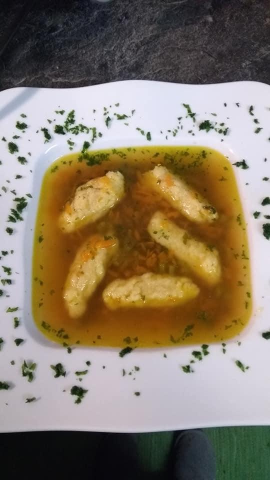 Griesklößchen Suppe