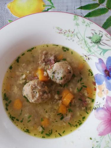 Bröselknödel für Suppeneinlage