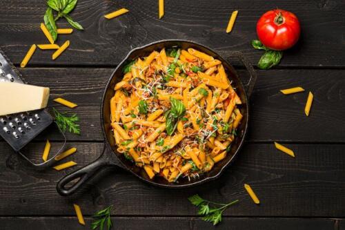 Cremige One Pot Pasta mit frischen Tomaten