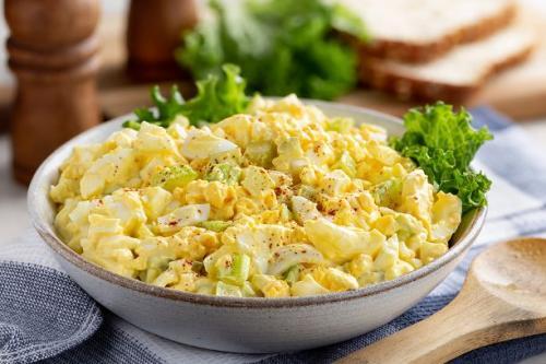 Eiersalat mit Mayonnaise Dressing