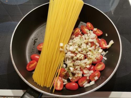 Friss dich dumm Spaghetti
