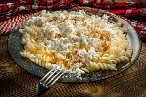Fusilli Pasta mit Frischkäse
