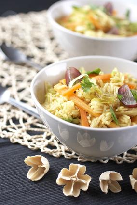 Gerichte mit Reis und Gemüse