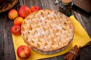 Kürbis Apfelkuchen mit Erdnüssen