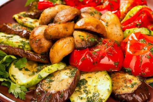 Ofenkartoffeln mit Gemüse