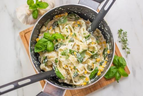 One Pot Pasta mit Mais