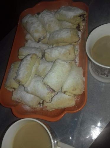 Süße gefüllte Teigtaschen