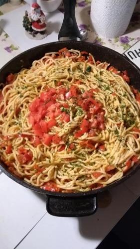 Spaghettipfanne mit Tomaten