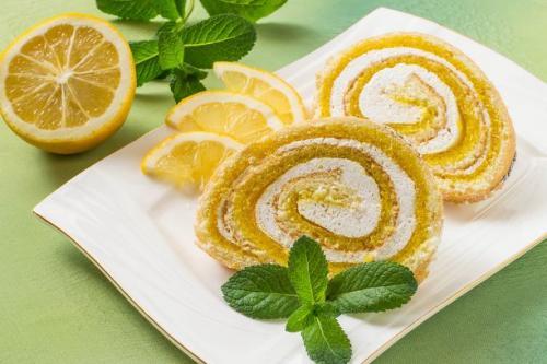 Zitronenroulade